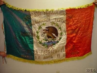 [Mart�n Torres Mexican Textile Workers Revolutionary Union flag]